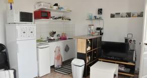 F2 de 33 m² disponible courant mai