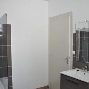 F3 de 70 m² loué